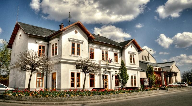 Juhász Ferenc Művelődési Ház Biatorbágy