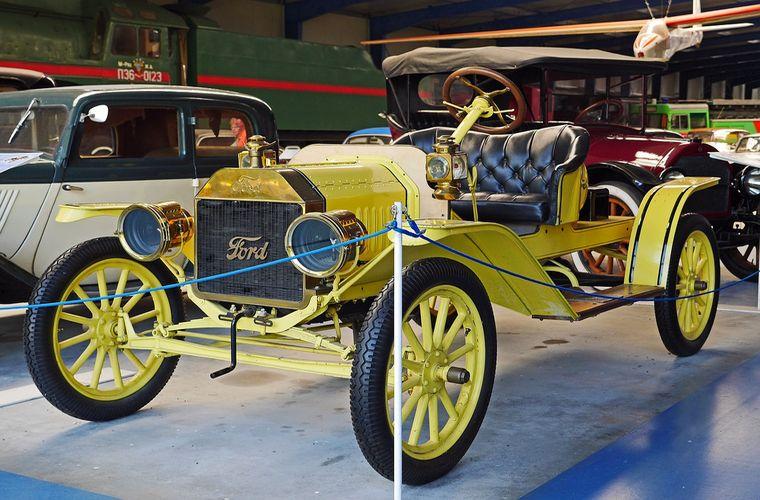 Galamb József és a híres Ford T-modell