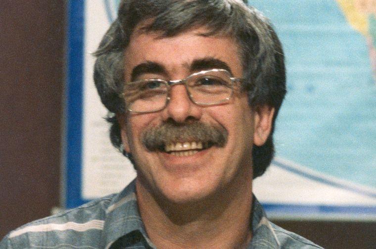 DÉRI JÁNOS televíziós műsorvezető